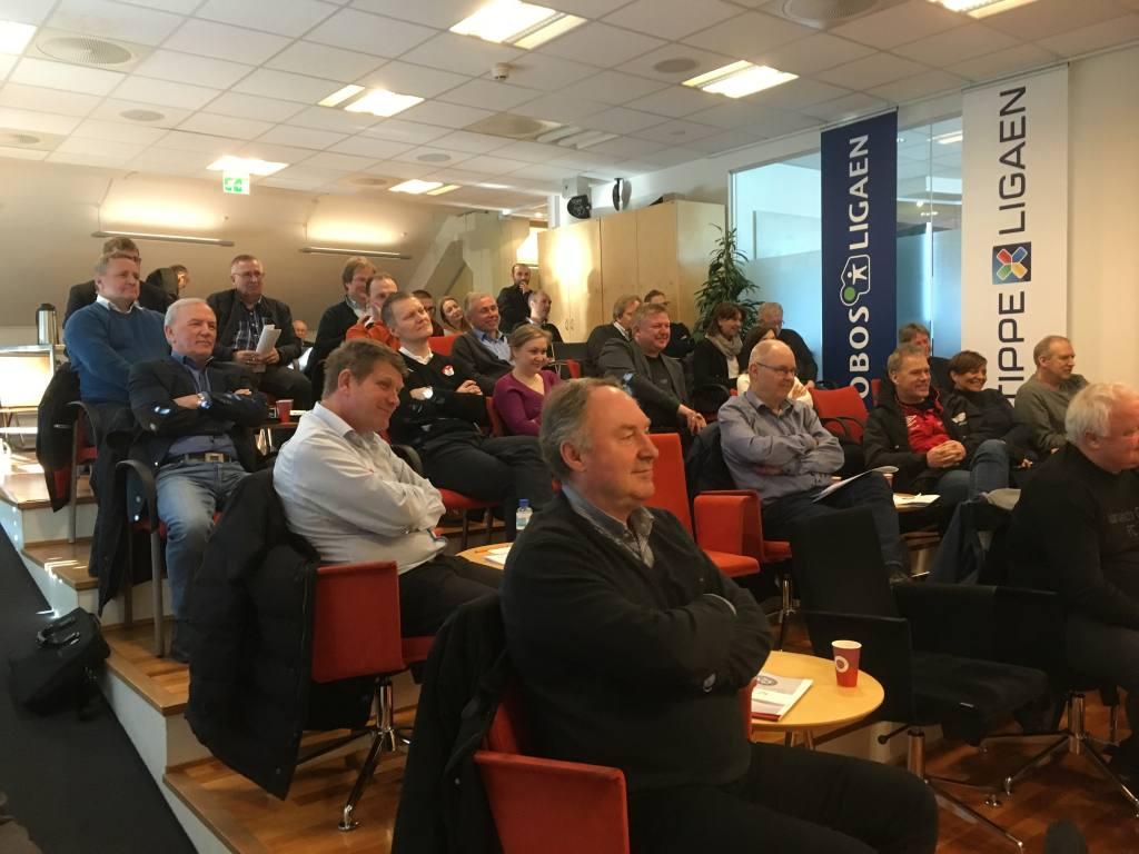 Lørdagens årsmøte i Divisjonsforeningen hadde oppmøte fra hele 28 medlemsklubber - ny rekord!